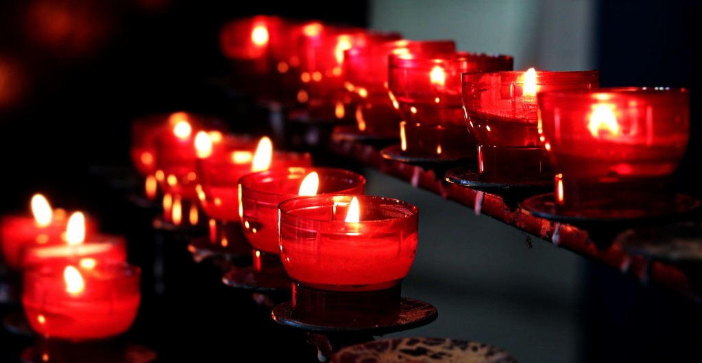 candles-2628473_1920